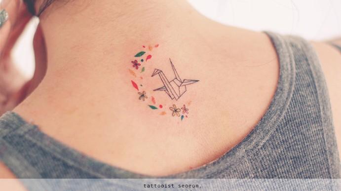 Estos tatuajes minimalistas harán que quieras tener uno de inmediato