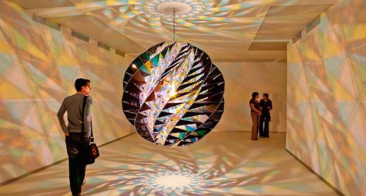 Sumergete en las luces y colores de Olafur Eliasson