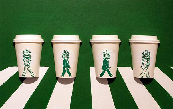 Este ilustrador dibuja sobre la sirena de Starbucks para convertirla en varios personajes