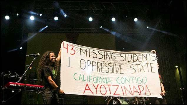 Café Tacvba también pide justicia para Ayotzinapa