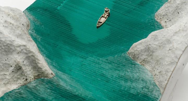 Ben Young nos da esculturas hechas a mano que parecen olas en el mar