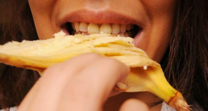 Blanquea tus dientes de manera natural con estos 3 trucos