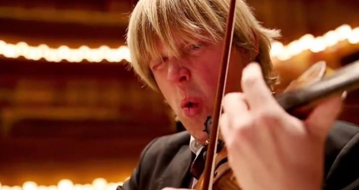 Escucha a la orquesta que toca después de comer el chile más picante del mundo