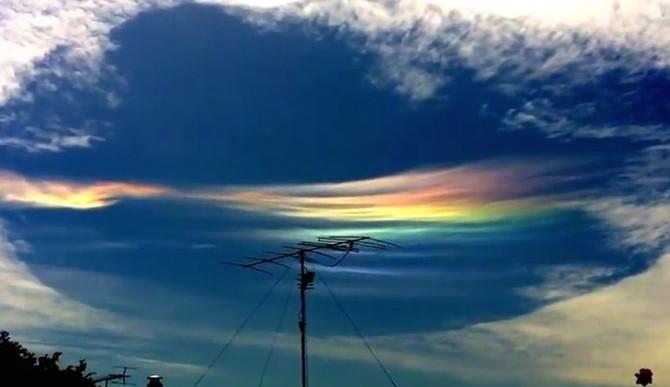 En Australia se pudo apreciar este increíble hueco en las nubes