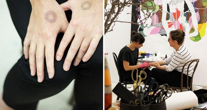 Artista intercambia tatuajes por comida, clases o libros