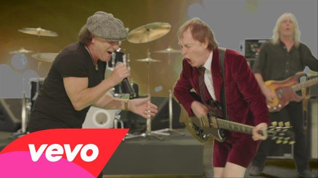 El video 'Play Ball' de AC/DC es criticado por su bajo presupuesto