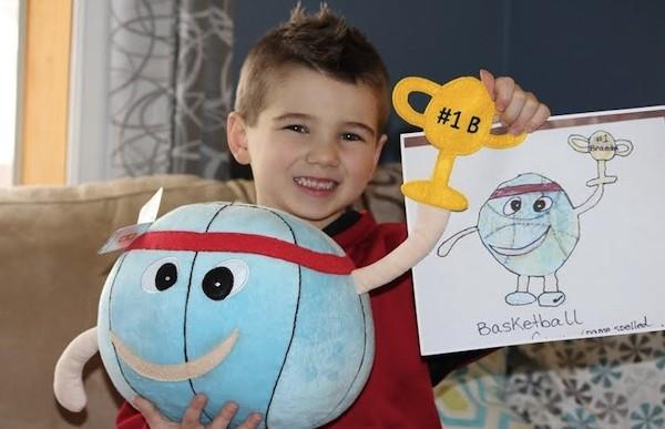 Esta compañía de juguetes convierte los dibujos de niños y adultos en peluches
