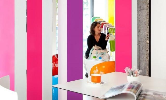 Hospédate en tu color favorito gracias a este hotel pantone de Bruselas
