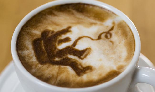 El arte fino de retratos en café