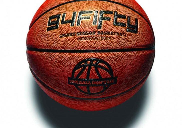 Este balón de basquet inteligente será tu nuevo entrenador