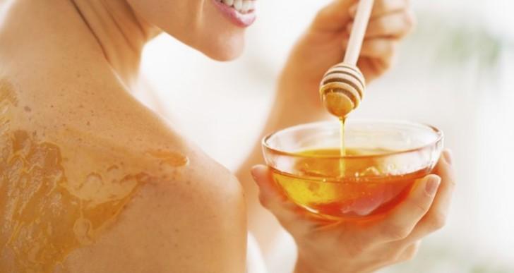 7 maneras de utilizar miel en tu rutina de belleza