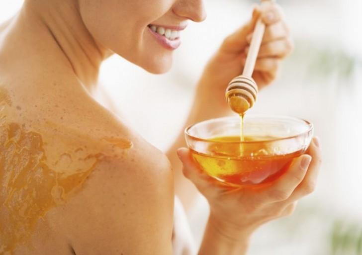 5 maneras de incluir la miel de abeja a tu rutina de belleza