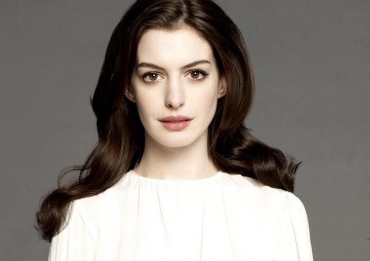Los mejores momentos de televisión por la noche de Anne Hathaway