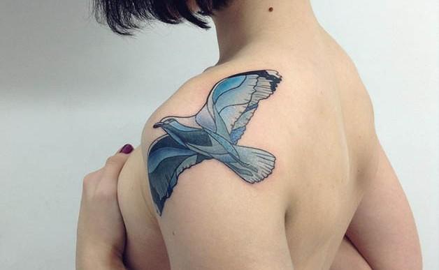 Artista rusa crea increíbles tatuajes inspirados en la naturaleza