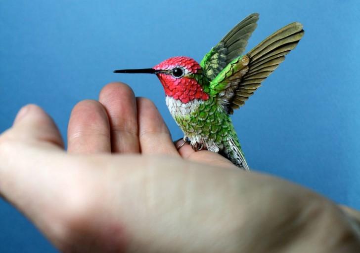 Aves hechas a mano con papel y madera por Zack Mclaughlin