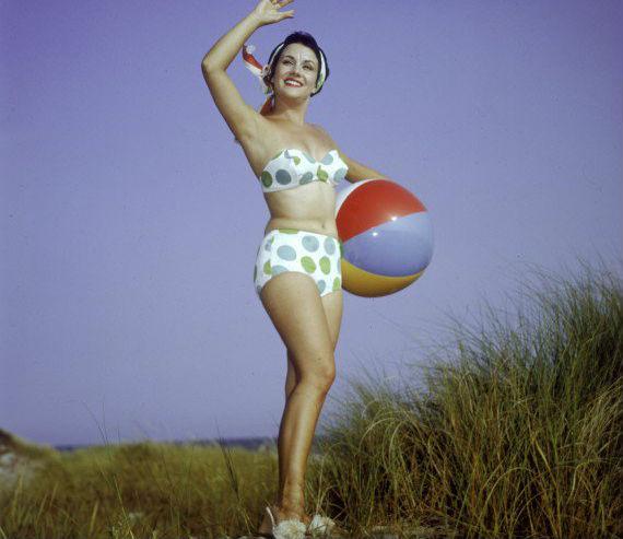 5 consejos para aquellas que quieren adoptar un estilo retro de los años 60