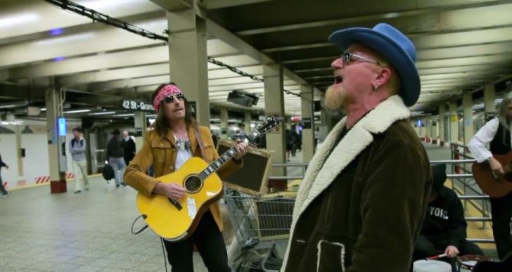 Nadie reconoció a U2 cuando decidieron tocar en el metro