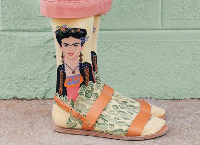 Extravagantes calcetines inspirados en obras de arte