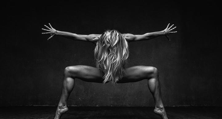 Explosivos retratos de danza revelan los poderosos movimientos de los bailarines