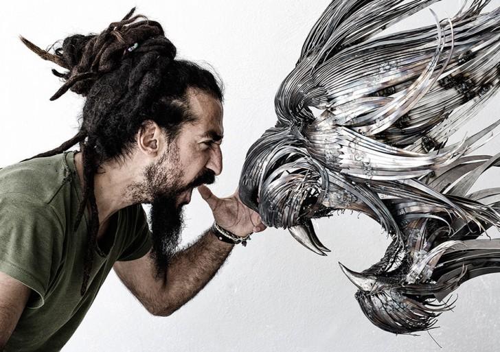 Selçuk Yilmaz nos presenta sus nuevas máscaras de finas tiras de acero