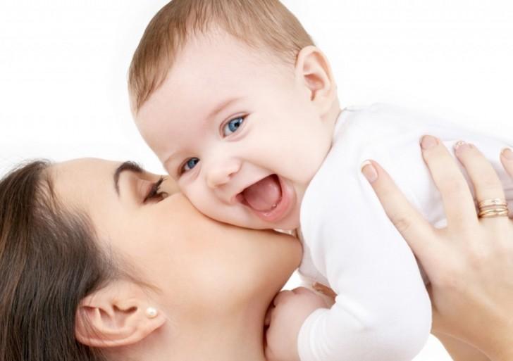 6 sencillas formas de demostrar amor por tu bebé a lo largo del día
