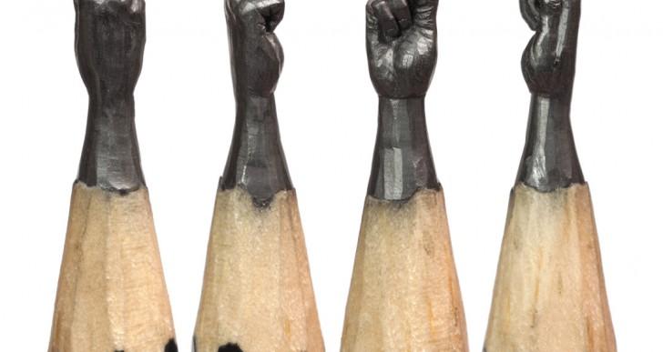 Esculturas delicadas hechas en las puntas de lápices