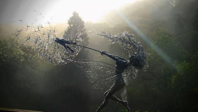 Espectaculares hadas de alambre de acero por Robert Wight