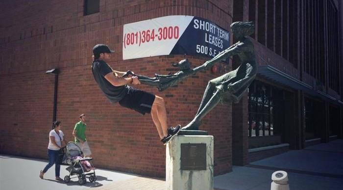 25 curiosas estatuas que no puedes dejar de fotografiar
