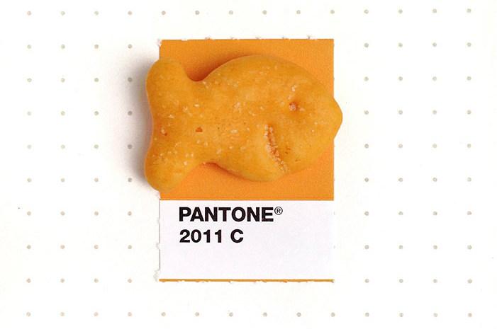 17 pequeños objetos cotidianos combinados con su tono de Pantone