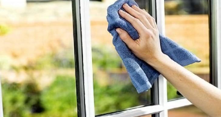 8 fabulosas utilidades del vinagre para limpiar la casa