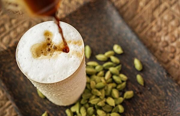 Deliciosas y saludables formas de hacer tu café un postre