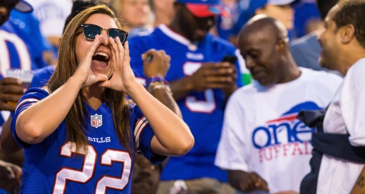 La razón por la que todos deberían estar con una chica NFL