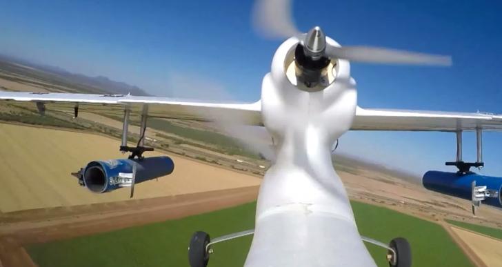 ¿Para qué suelta este dron polillas irradiadas sobre las cosechas?
