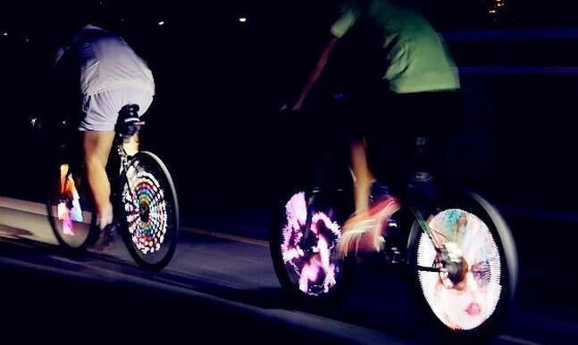 Reproduce GIFs desde tu bicicleta con este dispositivo