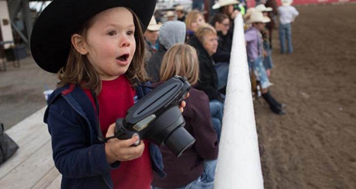 Este genial niño es el fotógrafo más joven de National Geographic