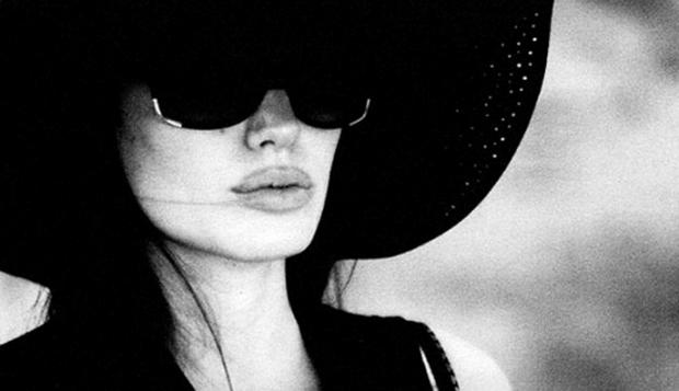 Los íntimos retratos de Angelina Jolie capturados por Brad Pitt