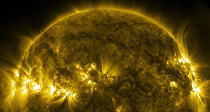 Puedes mirar directamente al sol en este video sin quemar tus ojos