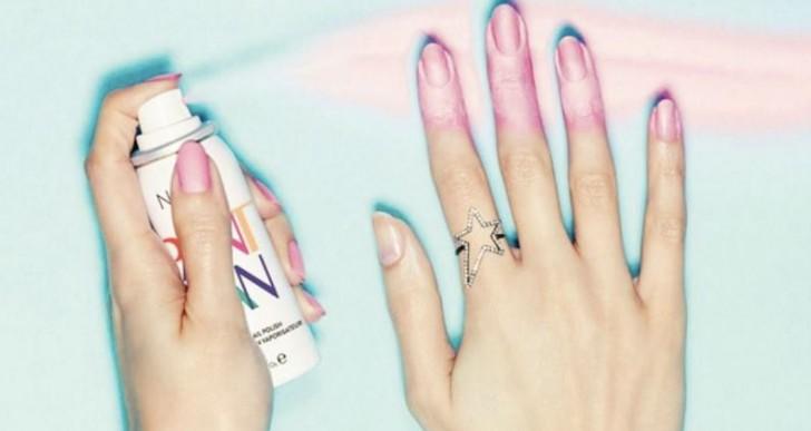 Olvídate de tu manicure arruinado con este práctico esmalte en aerosol