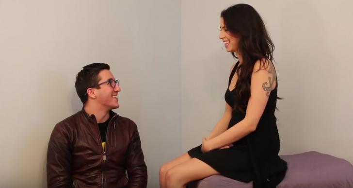 Estos gays tocan una vagina por primera vez en sus vidas