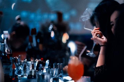 Ser cliente frecuente de un bar es bueno para tu salud