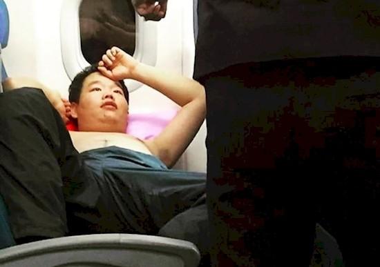 Los 16 peores pasajeros que se han subido a un avión