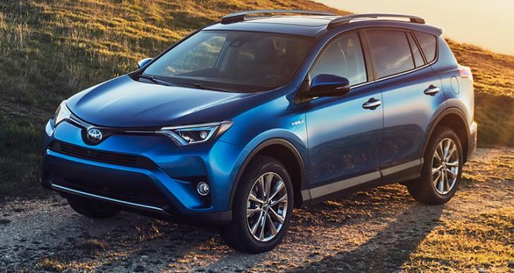 RAV4 Toyota 2016, tu cómplice de aventuras