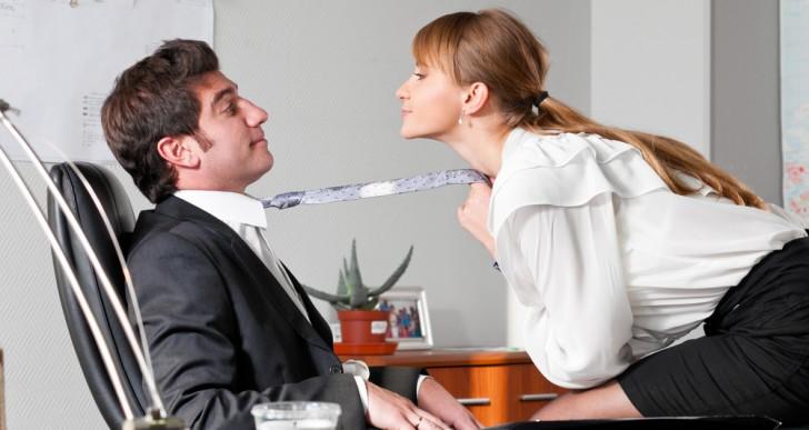 Por esto es inevitable querer un romance con alguien en el trabajo