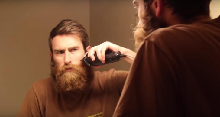 Este hombre, tras muchos años, se rasura la barba para su mamá