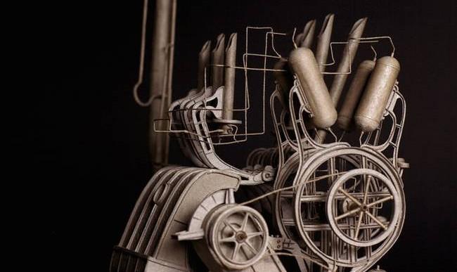 Este artista convierte simple cartón en fantásticas máquinas steampunk