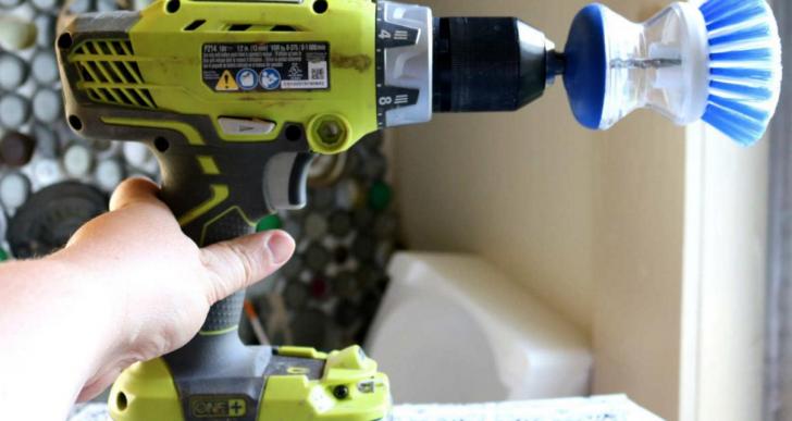 Algunas maneras de limpiar la casa que tu mamá seguro no te enseñó