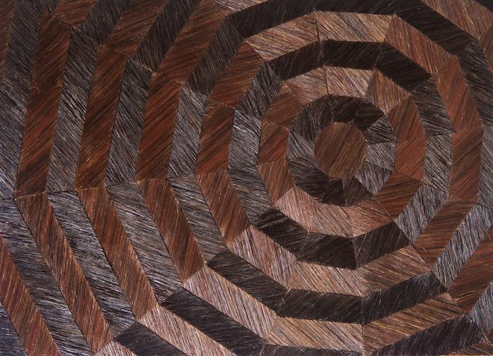 Estas obras de arte expresan el luto y son hechos con pelo humano