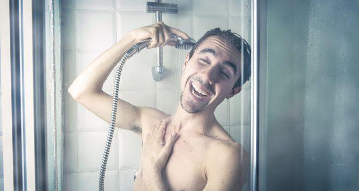 ¿Qué tan seguido deberías de bañarte realmente?