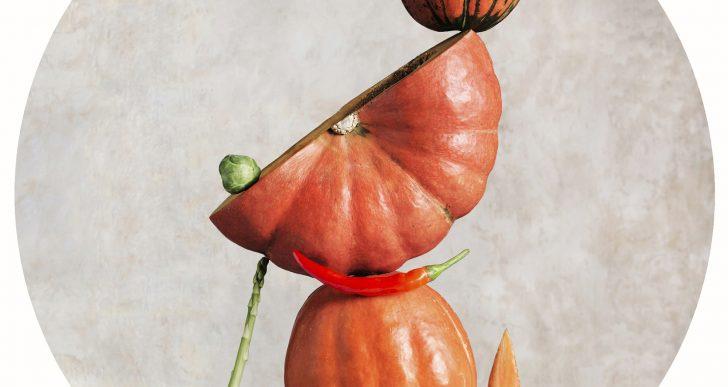 Este artista fotografía comida en perfecto equilibrio