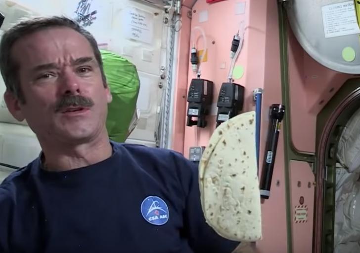 Cómo comen los astronautas en el espacio